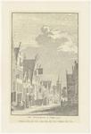 519 Een aanzicht van de Vleesstraat in Tiel met het oude stadhuis. Onder de afbeelding staat: het stadhuis te Tiel ...