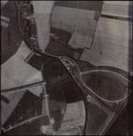 611 Een luchtfoto van het industrieterrein Kellen. Het betreft het gebied tussen het Amsterdam-Rijnkanaal, de brug van ...