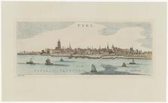 812 Een stadsprofiel van Tiel vanaf de Waalzijde, met alle belangrijke gebouwen erop. Linksonder de tekst Vahalis ...