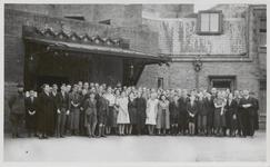M 11601 Vanaf 1936 werd het organiseren van schoolreisjes op het Tiels gymnasium een vast gebeuren. Dat jaar werd er ...