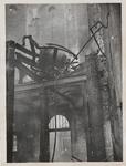 M 12097 In juli 1938 ontstaat in de kerktoren van de Sint-Dominicuskerk brand. Enkele schilders worden tegen hun wil ...