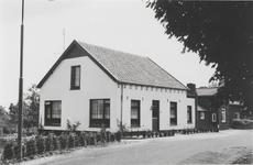M 3062 Zijaanzicht van het huis aan het begin van de Dorpsstraat