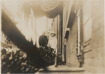 M 3726 Koningin Wilhelmina en Prins Hendrik brengen een bezoek aan Tiel. Op de foto Koningin Wilhelmina