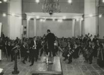 M 466 Een concert in de St. Maartenskerk wordt gehouden door het Gelders Orkest