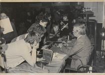 M 5481 Beroepsvoorlichting voor scholen in foyer van de Agnietenhof