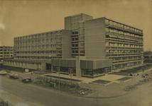 M 759 Het bejaardentehuis de Batouwe , gelegen aan de Wadenoyenlaan
