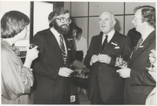 M 9866 Bestuur Zuiveringsschap . Links mevr. Anke v.d. Braak, dhr. Don Serree, dhr. Piet van Westhrenen, D'66 er dhr. Frentz