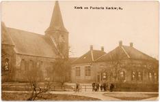 1159 Een prentbriefkaart van de oudste kerk van de Bommelerwaard, de Nederlands-hervormde kerk in Kerkwijk. Het gebouw ...