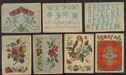 7643 Tien losse leporellobladen aan beide zijden bedrukt: aan de ene kant gekleurde tapisseriemotieven, aan de andere ...
