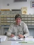 Portretfoto van Tjeerd Vrij uit Tiel, auteur van het boekje Bittere Tranen, over de jodenvervolging in Tiel