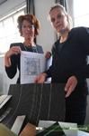 Portretfoto van de interieur ontwerpsters Annekoos Littel en Gemma van Bekkum van interieurarchitectenbureau Annekoos ...