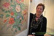 Portretfoto van Diny Gerards-Mensink uit Afferden. Diny is wekelijks in de studiezaal van het RAR. Ze inventariseert ...
