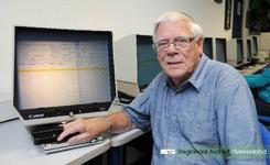 Portretfoto van Wim Fase uit Tiel. Hij raakte een jaar of vijftien geleden besmet met het stamboomvirus toen hij de ...