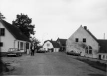 2-15052 [1975-1985]