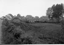 2-15058 [1975-1985]