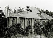 13-195 Door oorlog verwoeste rooms-katholieke kerk