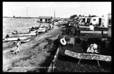 14-1863 Strandgezicht camping Den Bol