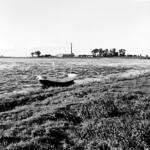 19-1638 Riviergezicht, met aan de overzijde een steenfabriek