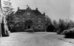 19-1664 Achterzijde Slot Rossum, gemeentehuis