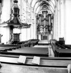 22-9340 Interieur Sint Maartenskerk met preekstoel en orgel