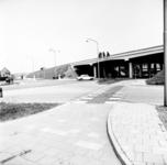 22-9360 Viaduct in rijskweg A2 met Koningin Wilhelminaweg, af- en oprit