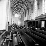 22-9496 Interieur Sint Maartenskerk, kerkbanken