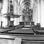 22-9497 Interieur Sint Maartenskerk met preekstoel en orgel