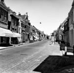 22-9525 Straatgezicht met stadspomp