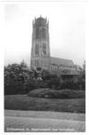 22-9537 Sint Maartenskerk met monument 1813-1913