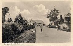 8-10000 Rechts het polderhuis op de na de watersnood van 1861 opgeworpen vluchtheuvel