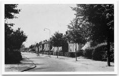 10-10075 Zicht in de richting van de Koningin Wilhelminastr.