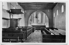 15-10017 Interieur hervormde kerk met preekstoel