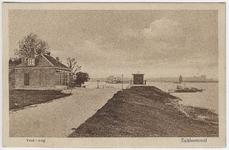 22-10669 Veerhuis met rijksveerpont op de Waal
