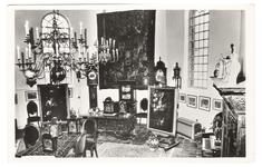 3-10021 Interieur van het klokkenmuseum van H. Brokke in de voormalige Hervormde kerk te Alem